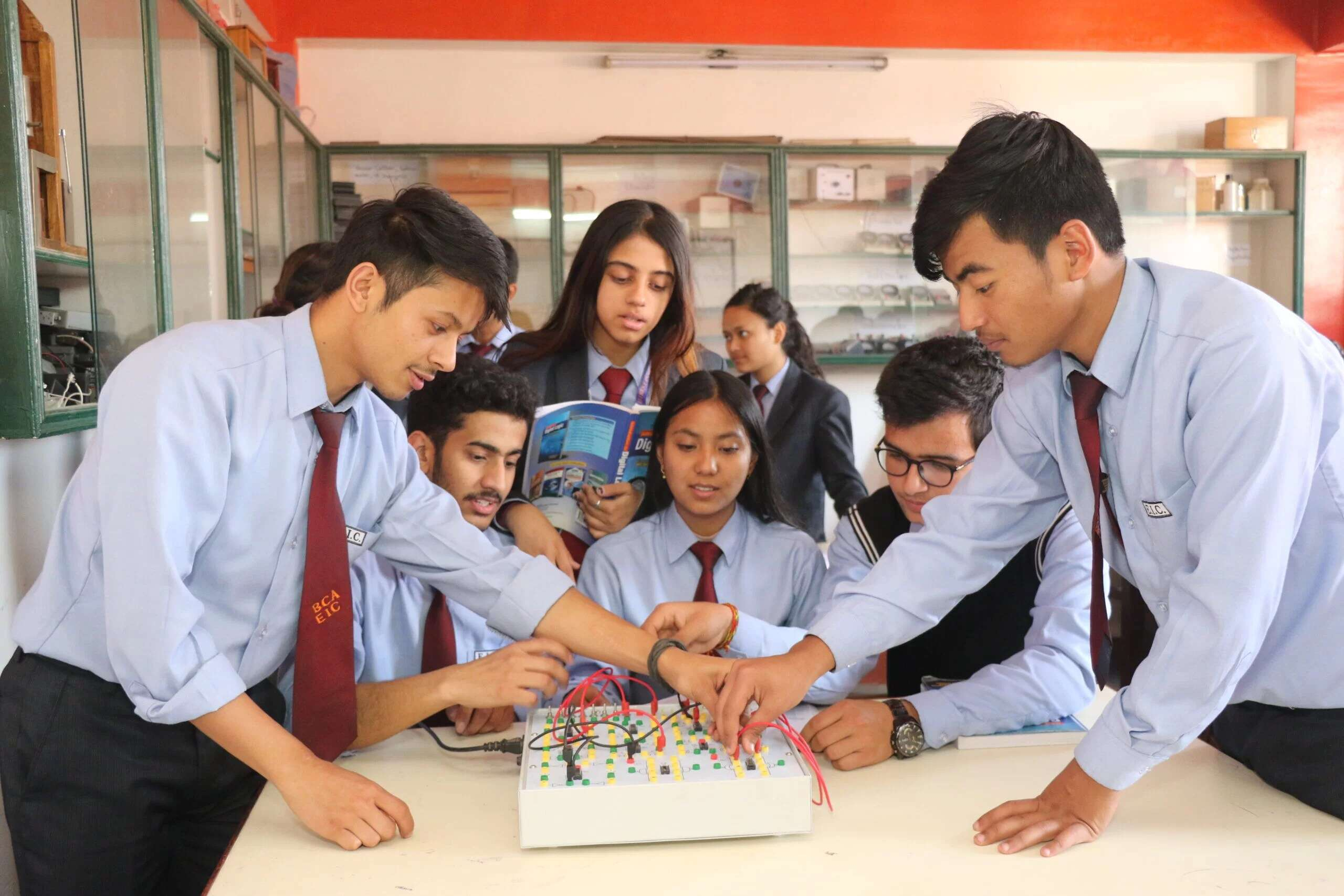 Everest Innovative College